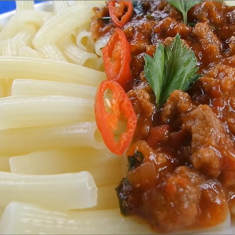 Cách làm nui xào bò sốt cà chua đơn giản cho bữa sáng tràn đầy năng lượng - ảnh 17