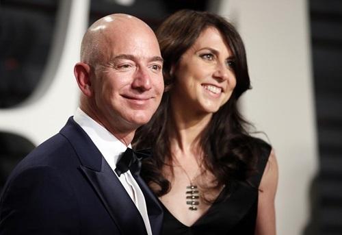"Thấy meme chế nhạo Jeff Bezos trên Instagram, Mark Zuckerberg âm thầm ""thả tim"" - ảnh 5"