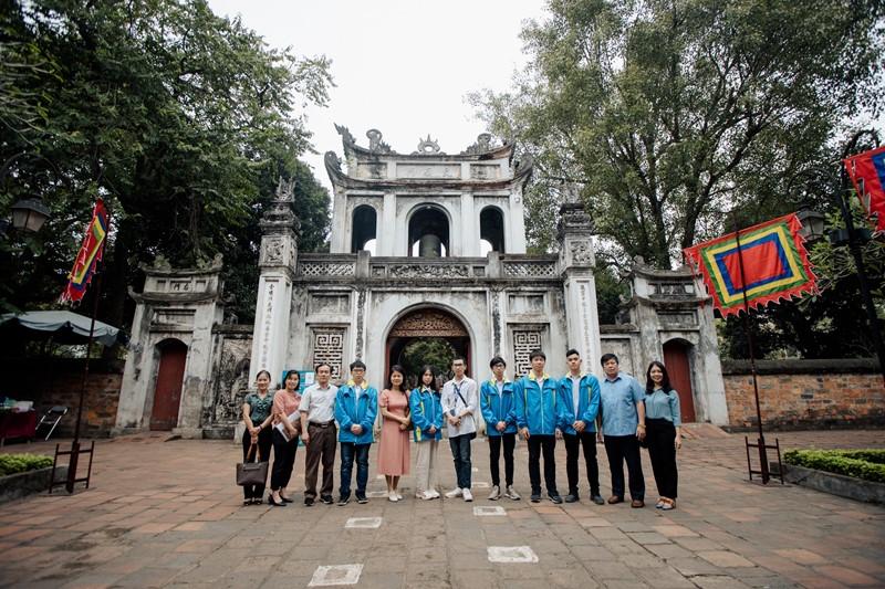 Nữ sinh Phú Thọ bật khóc vì 'đổi màu' huy chương Olympic quốc tế - ảnh 4