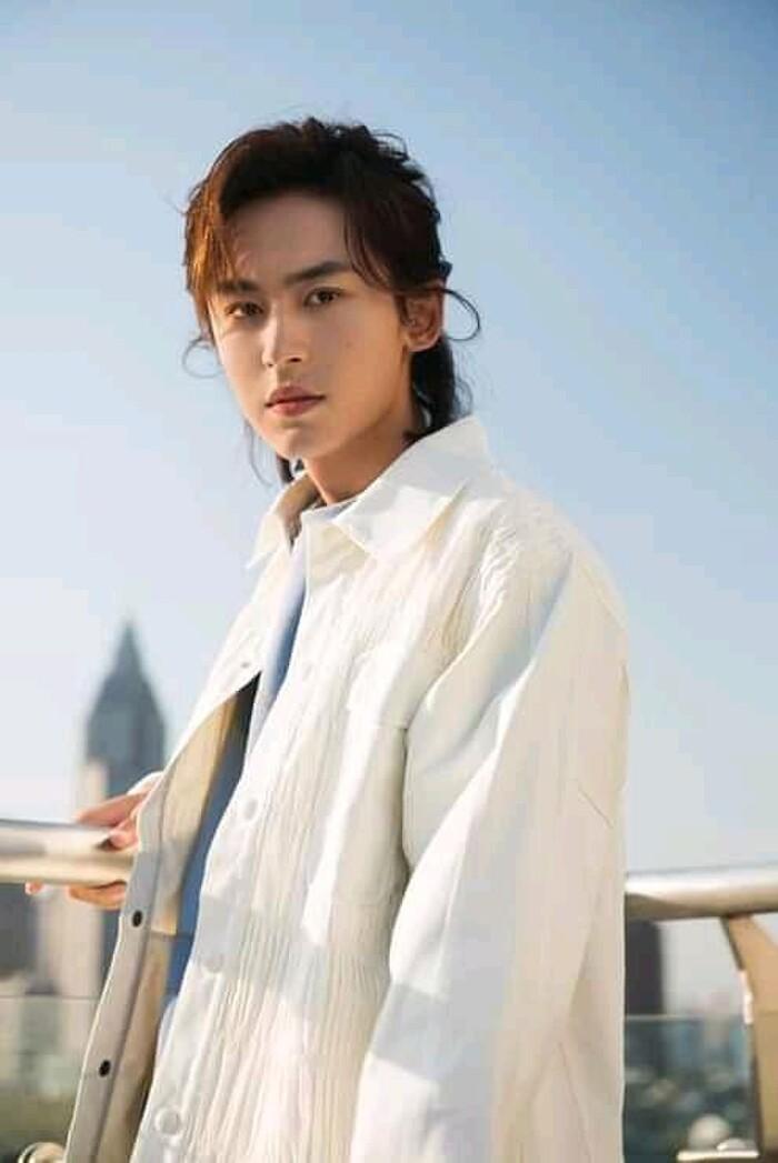 Ba diễn viên CPop được khen hát tốt gọi tên Trương Triết Hạn, Đặng Luân và La Vân Hi - ảnh 3
