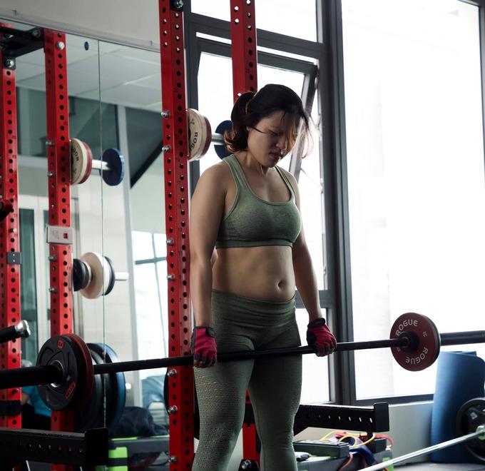 Mi Yeon (G)I-DLE đạt đỉnh cao nhan sắc nhờ giảm mỡ má, thu gọn cằm - ảnh 14