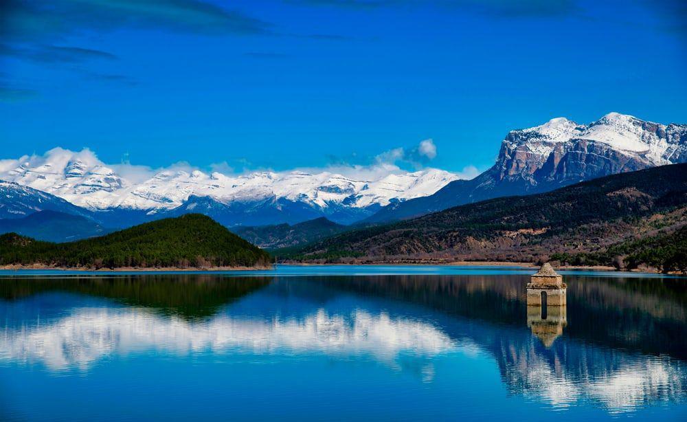 6 công trình ngập nước đẹp nhất thế giới, chỉ nhìn thôi cũng đã thấy được giải nhiệt vô cùng - ảnh 4