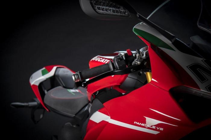 Cận cảnh Ducati Panigale V2 phiên bản đặc biệt - ảnh 10