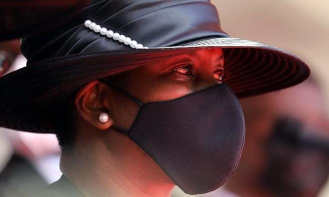 Nổ súng tại lễ tang Tổng thống Haiti, quan khách vội vã tìm nơi trú ẩn - ảnh 2