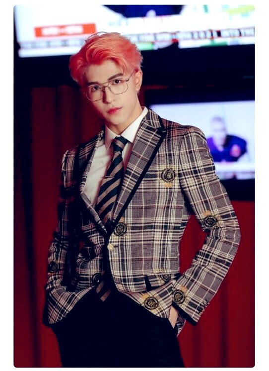 Tae Yeon dạo này mặc đẹp mê mẩn, hóa ra đứng sau là stylist không thể đỉnh hơn - ảnh 18