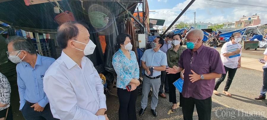 TP. Hồ Chí Minh cần sớm mở các điểm trung chuyển hàng hóa tại 3 chợ đầu mối - ảnh 2