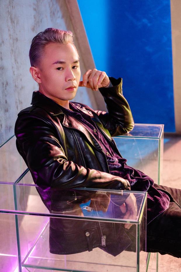 Netizen khui lại ảnh nhạy cảm được cho là của Binz với một cô gái lạ mặt giữa ồn ào ''rapper số 1 Việt Nam'' - ảnh 4
