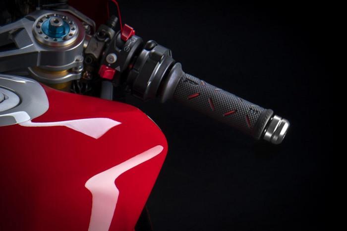 Cận cảnh Ducati Panigale V2 phiên bản đặc biệt - ảnh 2