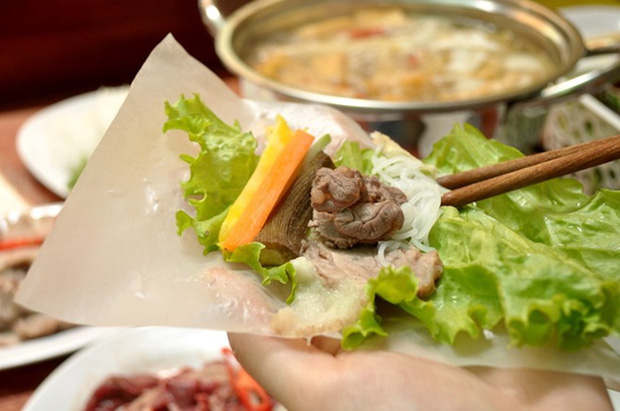 Ở Việt Nam có món ăn đường phố cực ngon vừa được Thái Công biến thành hàng ''de luxe'', ăn vào tự thấy mình thật giàu sang! - ảnh 2