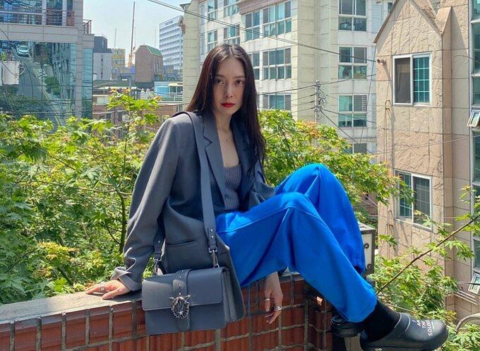 Tae Yeon dạo này mặc đẹp mê mẩn, hóa ra đứng sau là stylist không thể đỉnh hơn - ảnh 2