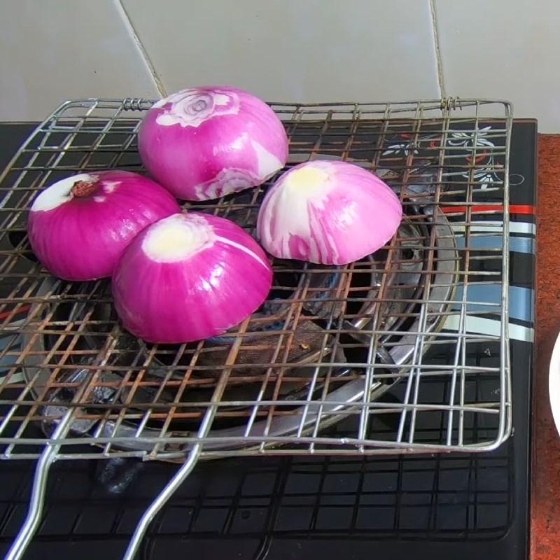Cách làm mực khô xào dứa chua ngọt hấp dẫn bắt cơm ai cũng mê - ảnh 19