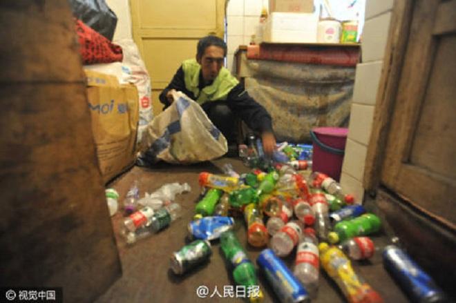 Ông công nhân vệ sinh tiết kiệm từng đồng cưu mang người nghèo - ảnh 5