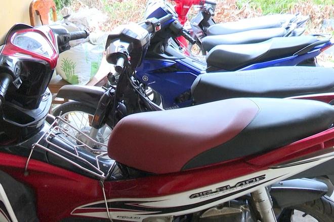 Bắt nam thanh niên tàng trữ ma túy, hé lộ băng nhóm trộm hàng loạt xe mô tô - ảnh 2