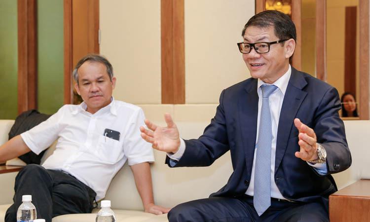 Đại gia tuần qua: Ông Johnathan Hạnh Nguyễn tiếp tục xin Thủ tướng lập hãng bay dù vừa bị từ chối - ảnh 2