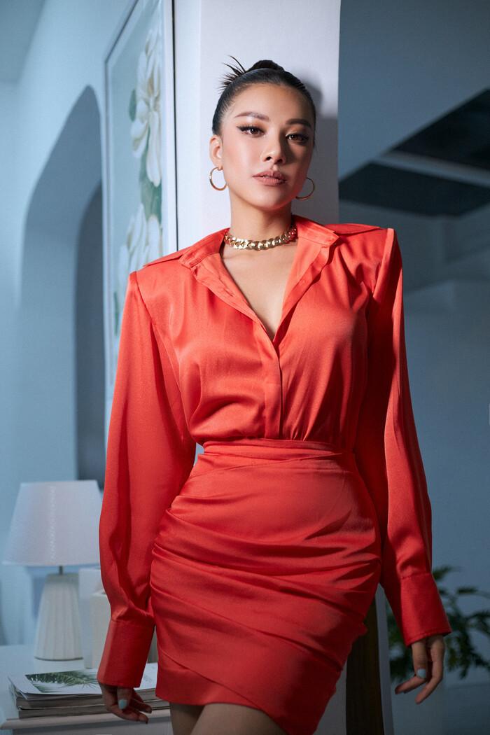 National Costume của Kim Duyên gửi tới Miss Universe mang đậm văn hóa miền Tây: Cầu kì hơn cả Kén Em - ảnh 2