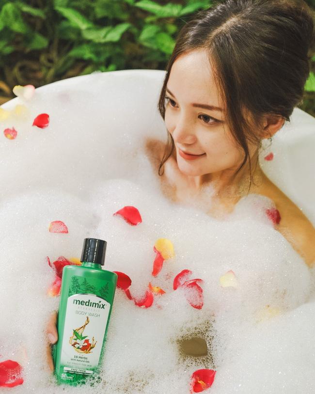 Tắm đúng cách nàng sẽ sở hữu một làn da láng mịn, mềm mượt như quảng cáo - ảnh 12