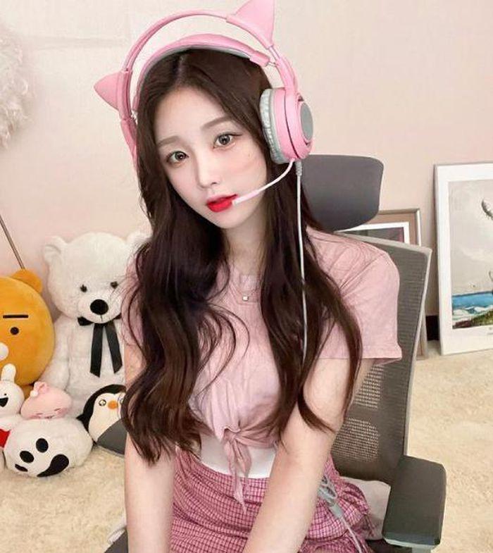 Hot girl xứ Hàn hút triệu follow nhờ đôi chân dài miên man - ảnh 10