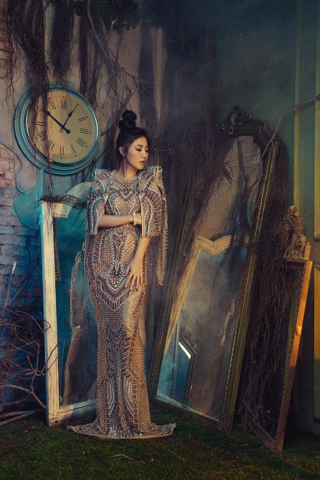 Văn Mai Hương tiết lộ thói quen đặc biệt suốt 10 năm đi hát - ảnh 6