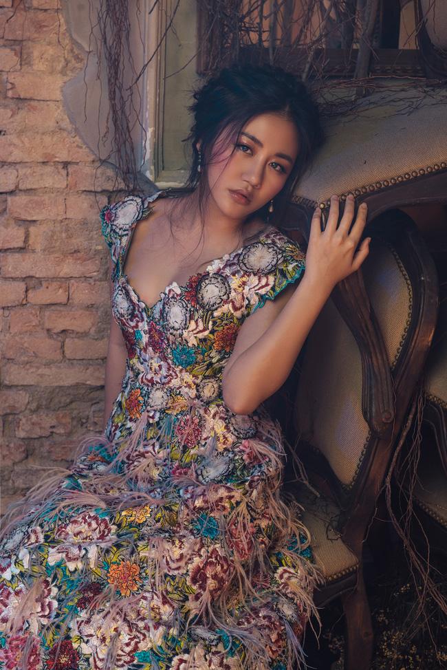 Văn Mai Hương tiết lộ thói quen đặc biệt suốt 10 năm đi hát - ảnh 8