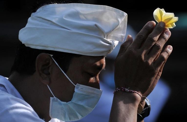 Số người chết cao chưa từng có tại tâm dịch Covid-19 châu Á - ảnh 5