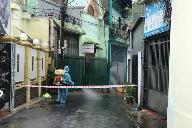 Gia Lai: Phong tỏa trụ sở phường liên quan ca nhiễm SARS-CoV-2 - ảnh 2