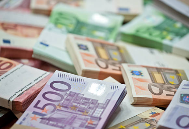 EU tuyên chiến với hoạt động rửa tiền - ảnh 2