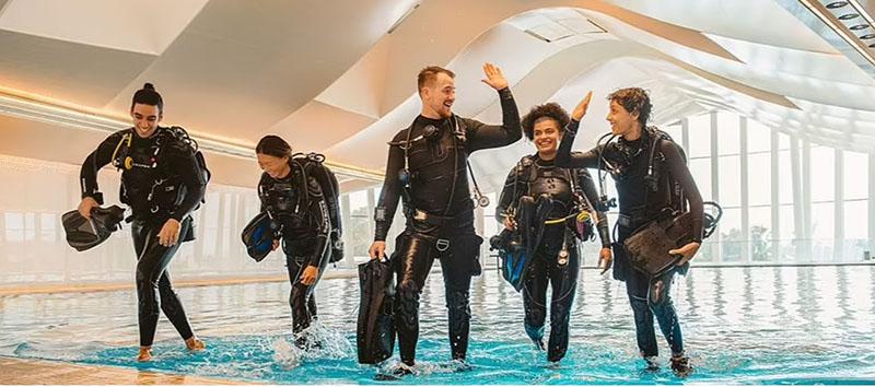 Bể bơi sâu nhất thế giới - ảnh 14