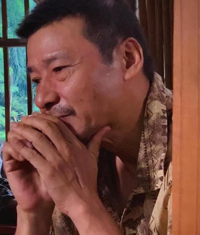 Khiến fan khóc hết nước mắt, bố Sinh