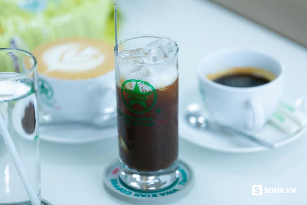"""""""Tưởng không có tiền hay sao"""", sự bình thản của CEO hãng cà phê Việt và tin nhắn của vị tướng từ Phnom Penh - Kinh Tế"""