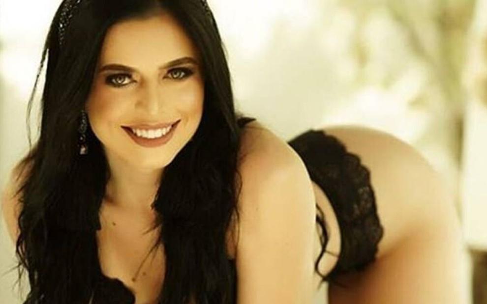 Brazil: Người đẹp vén váy trước mặt cảnh sát bị kết án tù - ảnh 3