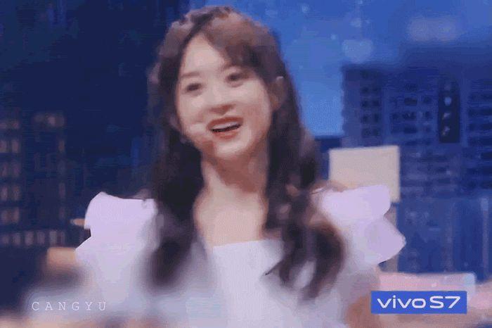 """Triệu Lệ Dĩnh đẹp ná thở trên thảm đỏ, lấn lướt Cảnh Điềm """"đệ nhất mỹ nữ Bắc Kinh"""" - ảnh 9"""