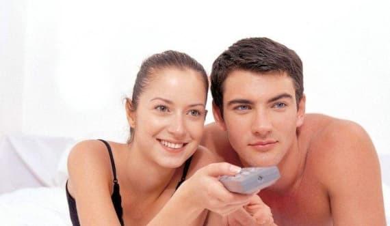 ''Đời sống vợ chồng'' nên thực hiện buổi sáng hay buổi tối tốt hơn? Hầu hết mọi người đang làm điều đó sai - ảnh 3