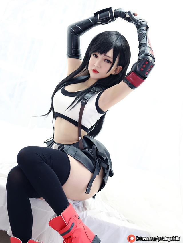 Cộng đồng game thủ mê mẩn bộ ảnh nóng bỏng mắt của nữ cosplayer Hiino Yuki - ảnh 35