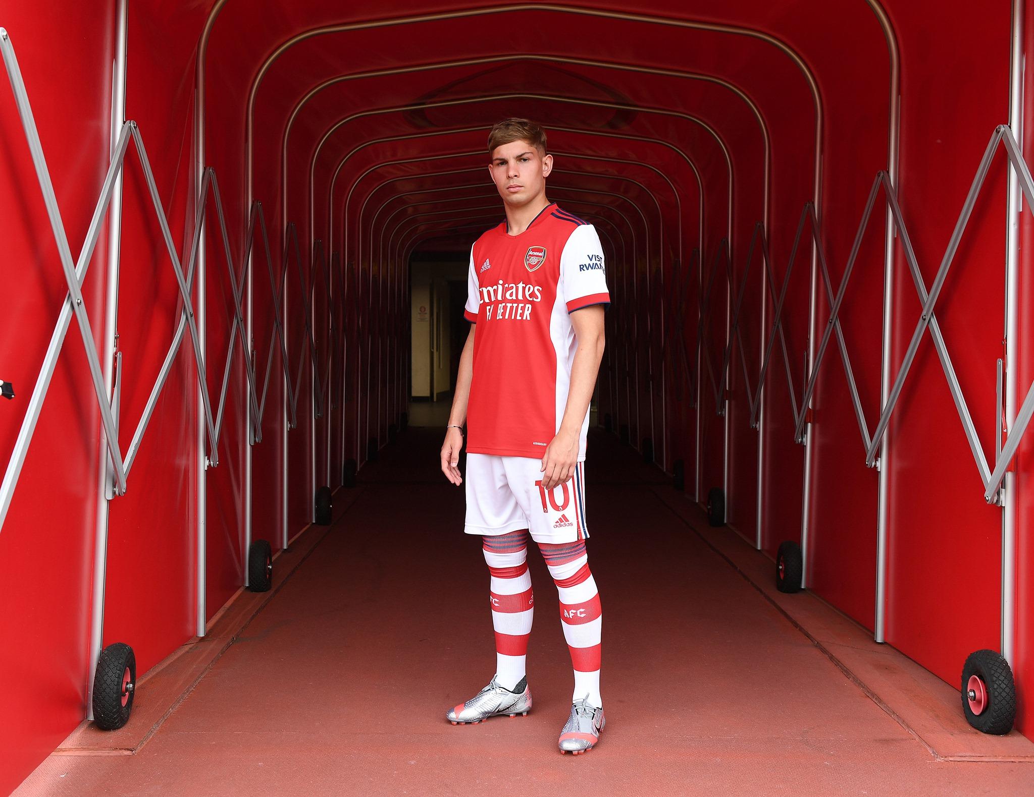 Arsenal chính thức ký HĐ với số 10 mới thay thế Ozil - ảnh 6