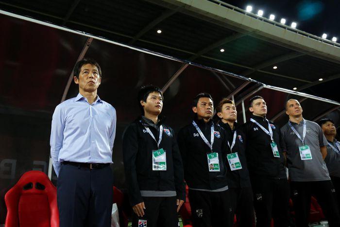 Bóng đá Thái Lan: Khủng hoảng từ… sự ảo tưởng - ảnh 5