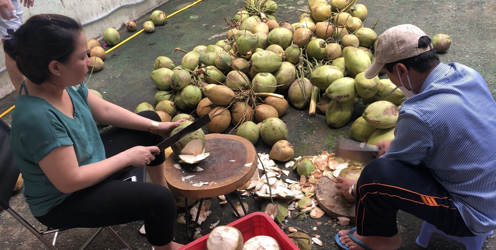 Cách người dân xứ dừa Bến Tre tiếp sức cho tuyến đầu tại TP.HCM - ảnh 5