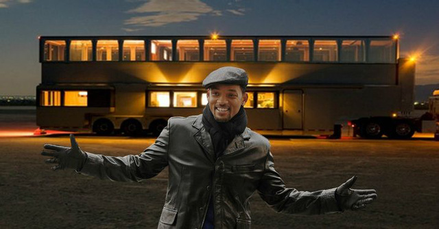 Mobihome 'siêu to siêu khổng lồ' 2,5 triệu USD của Will Smith: Biệt thự hai tầng, phòng tắm tiện nghi như spa, phòng chiếu phim như rạp hát - ảnh 2