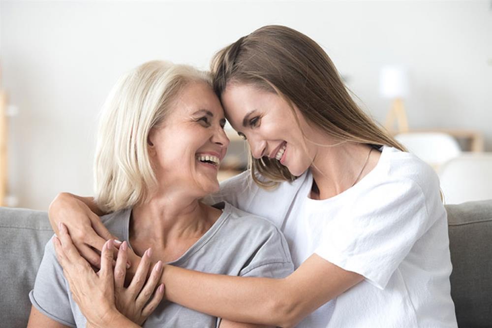 Những điều bạn có thể làm khi cảm thấy mẹ không yêu quý mình - ảnh 2