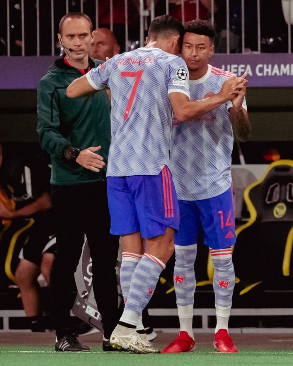 HLV Ole Solskjaer lên tiếng giải thích lý do thay Ronaldo - ảnh 2