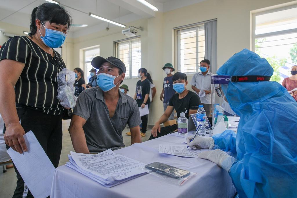 Hà Nội đồng loạt tiêm vắc xin Sinopharm tại các phường, xã - ảnh 2