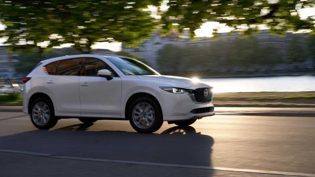 Ra mắt Mazda CX-5 2021: Thay đổi nhẹ, mặc định 2 cầu đấu Honda CR-V - ảnh 3