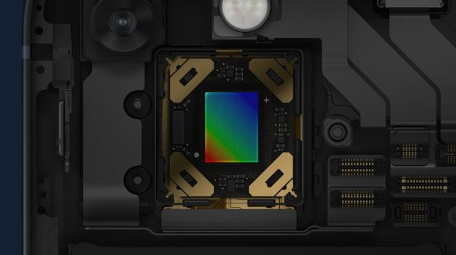 iPhone 13 và iPhone 13 mini chính thức: ''Tai thỏ'' gọn hơn, camera có chống rung cảm biến, Apple A15, giá từ 699 USD - ảnh 9