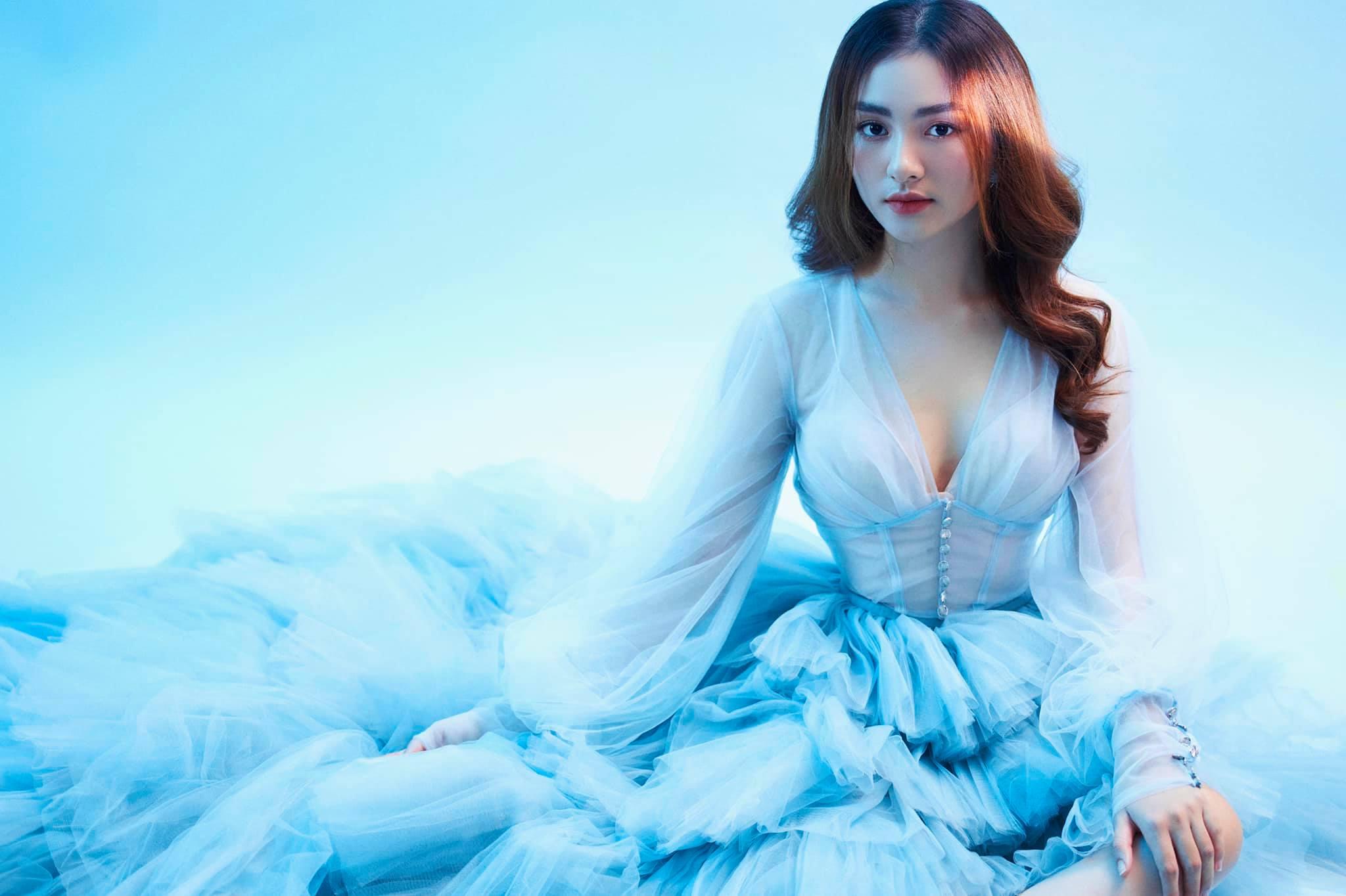"""Nữ sinh Tiền Giang """"gây bão tranh cãi"""" vì quá xinh đẹp, được dự đoán làm hoa hậu - ảnh 6"""