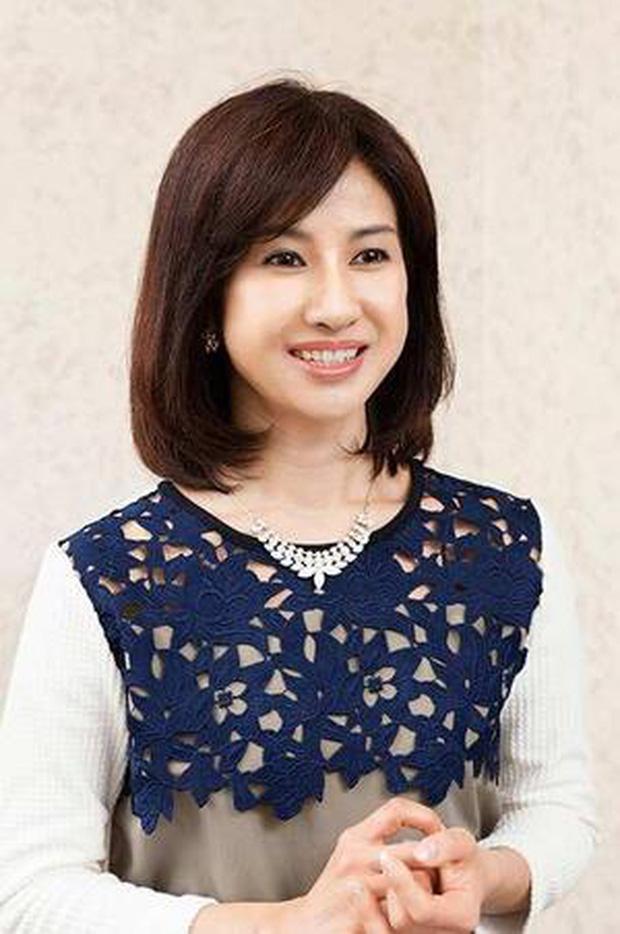 Ngỡ ngàng với nhan sắc cô bé Oshin kinh điển sau nhiều năm, vẫn đóng phim