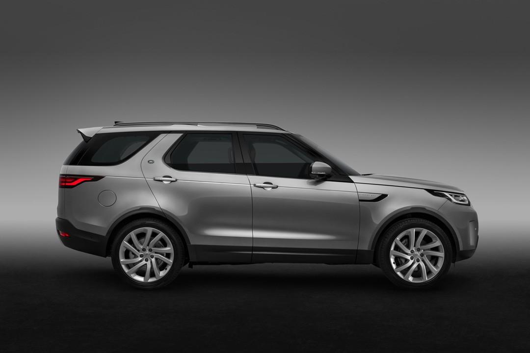 Land Rover Discovery mới có mặt tại Việt Nam với giá 4,5 tỷ đồng - ảnh 12