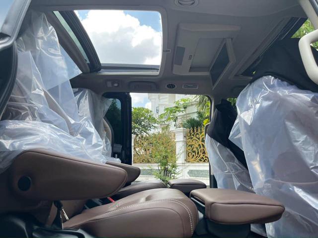 Toyota Sienna dùng 3 năm vẫn có giá 3,7 tỷ đồng, đắt ngang BMW 7-Series ''đập hộp'' - ảnh 5
