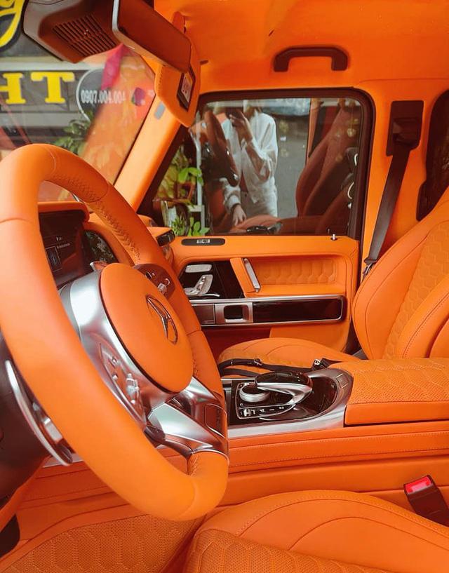 Nữ doanh nhân Bến Tre mua Mercedes-AMG G 63 với nội thất ''Hermes'' giống xe Đoàn Di Băng về làm cặp với Porsche 718 - ảnh 9