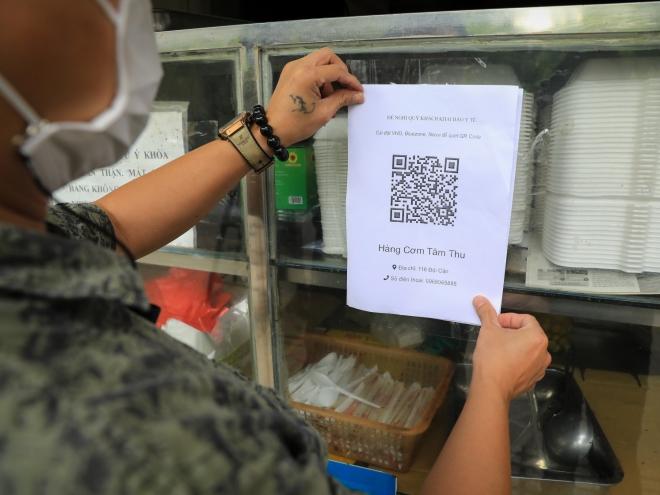 Hà Nội: Bắt buộc các cơ sở kinh doanh phải tạo điểm quét QR Code khi mở cửa - ảnh 1