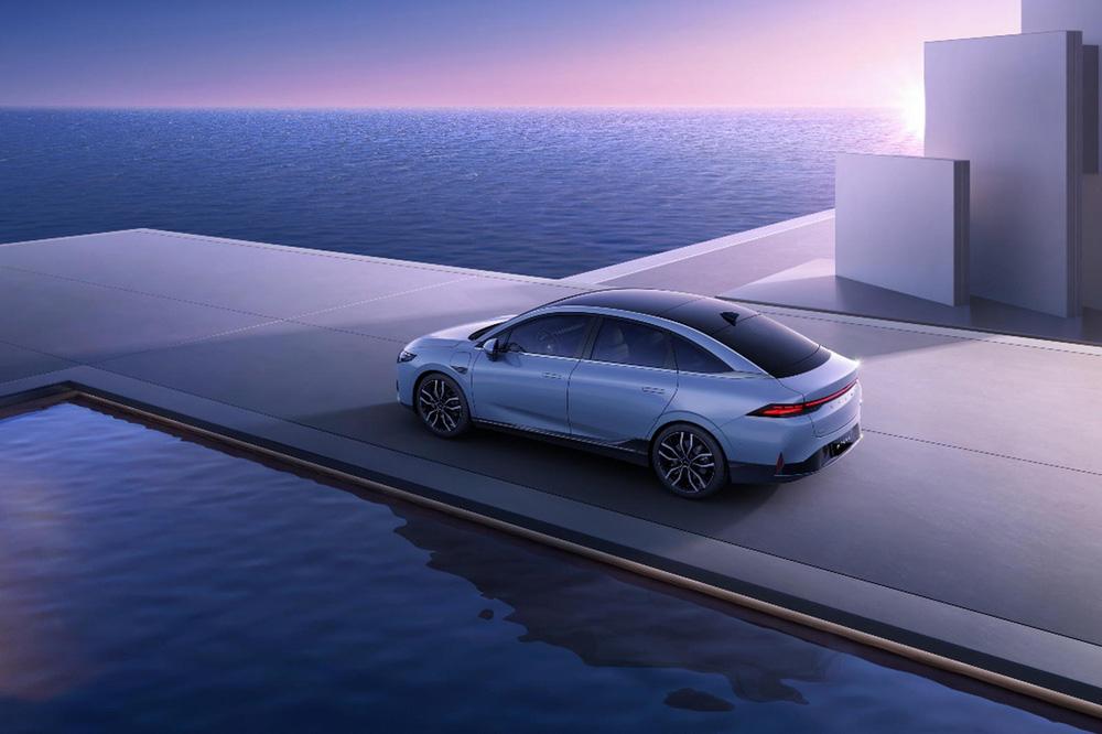 Chỉ nhờ 1 thứ dưới kính chắn gió, chiếc xe Trung Quốc giá chỉ 560 triệu đã vượt mặt một loạt 'ông lớn' thế giới – Tesla cũng 'chào thua'! - ảnh 3
