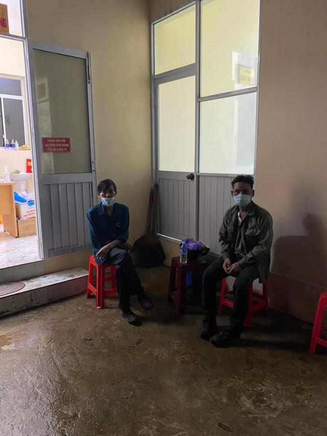 Đi 300km về chịu tang cha, 2 anh em xin qua chốt kiểm dịch và cuộc gặp bất ngờ trong đêm - ảnh 4